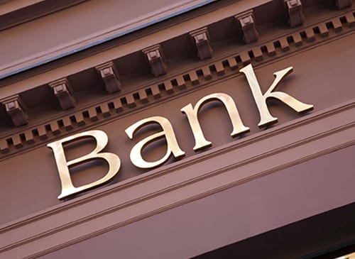 Building a Positive Banking Relationship